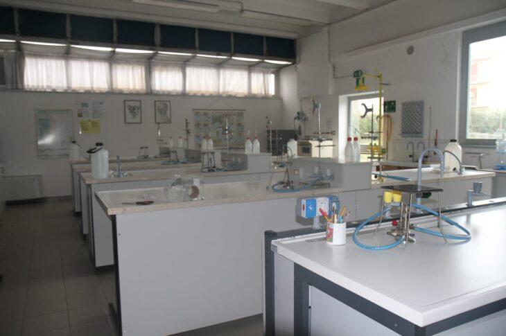 Laboratorio di Chimica_IIS Galilei Jesi